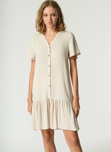 NGSTYLE Kadın Düğme Detaylı Volanlı Elbise NGKSS21EL0072 Taş